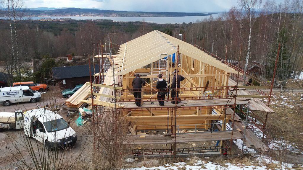 Påbörjan av byggnationen av Atelje' och bostad, april 2017